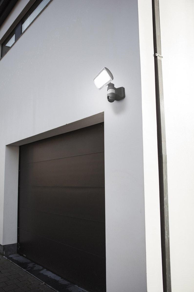 Eclairage Exterieur Mural Puissant projecteur à fixer à détection extérieur led intégrée 2120 lm anthracite  lutec