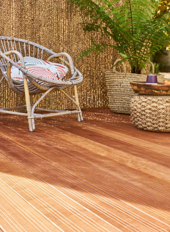 une terrasse bois pour un effet cosy leroy merlin. Black Bedroom Furniture Sets. Home Design Ideas