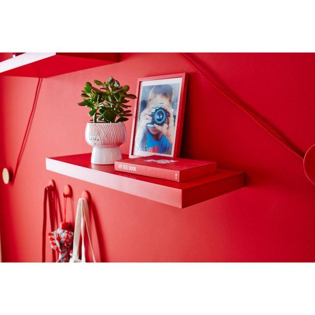 donner du volume votre mur avec des tag res color es en escalier leroy merlin. Black Bedroom Furniture Sets. Home Design Ideas