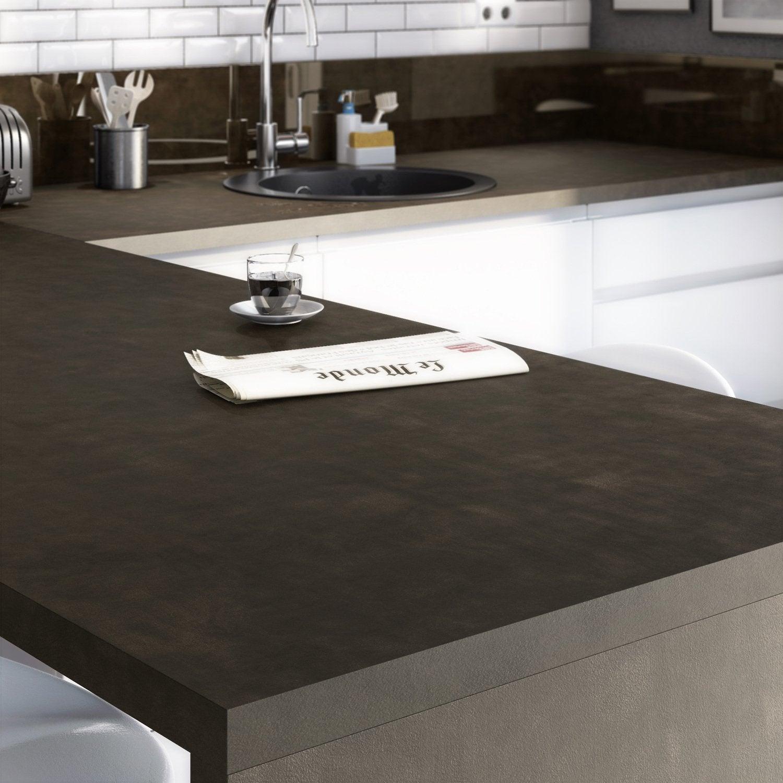 Du bois et des couleurs naturelles pour une cuisine for Plan de travail stratifie pour cuisine