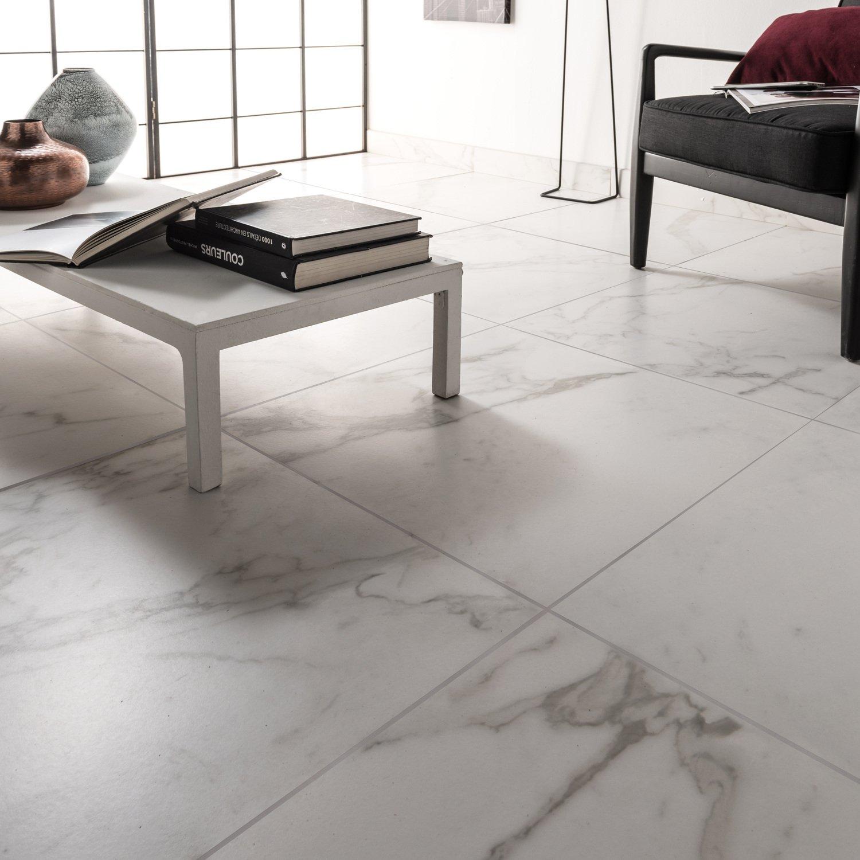 Un beau sol en carrelage effet marbre blanc | Leroy Merlin