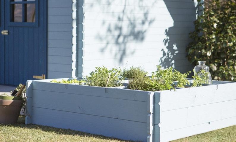 un carr de potager pour vos herbes aromatiques leroy merlin. Black Bedroom Furniture Sets. Home Design Ideas