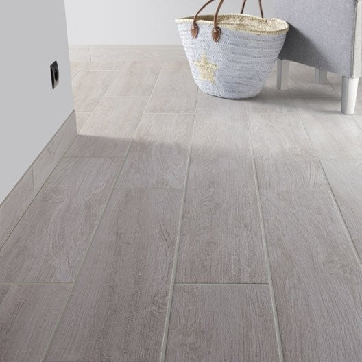 Carrelage sol et mur gris perle effet bois helsinki for Carrelage aspect bois