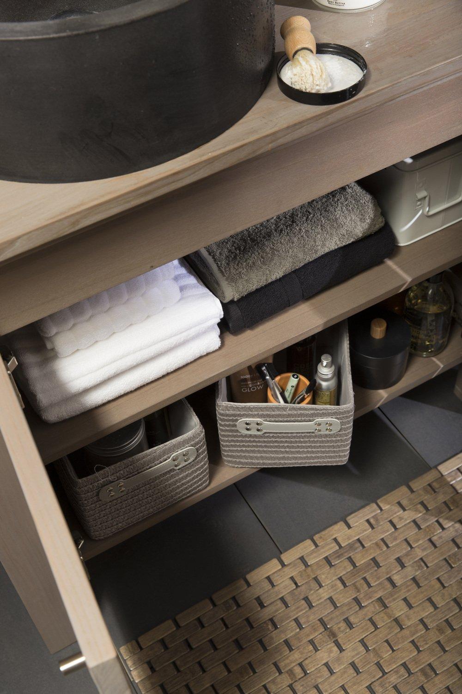 des accessoires de rangement pour la salle de bains leroy merlin. Black Bedroom Furniture Sets. Home Design Ideas