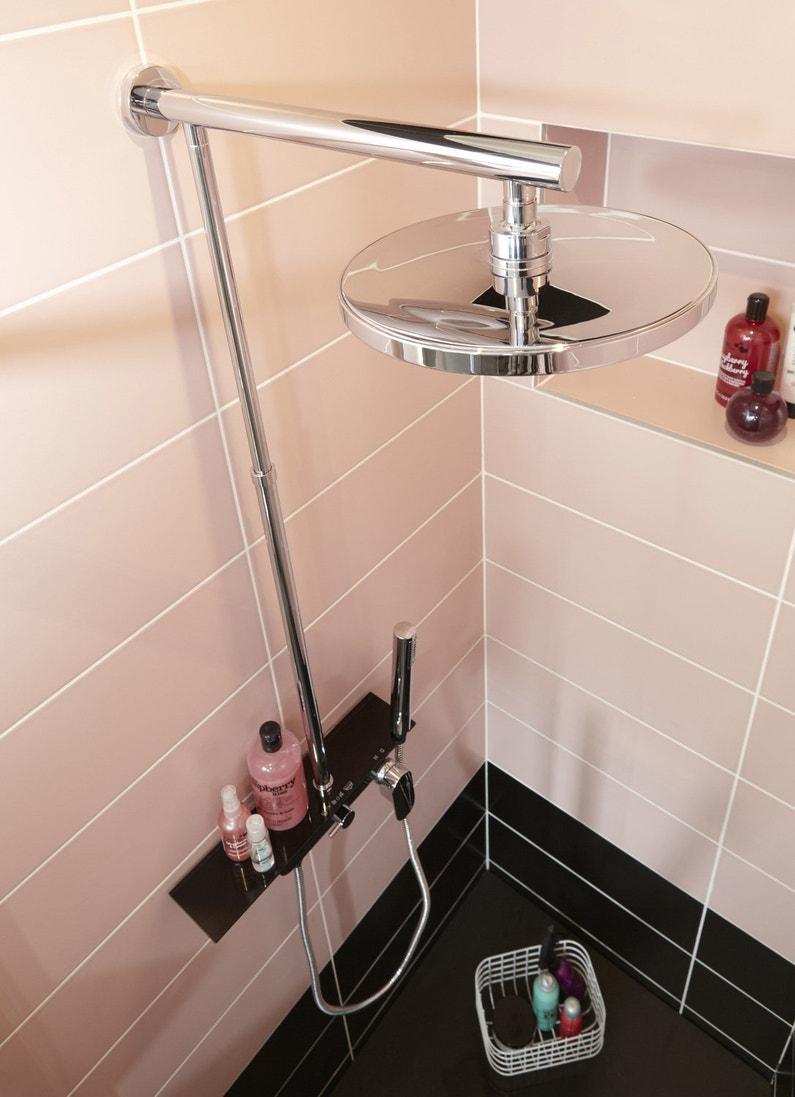 colonne de douche avec tablette