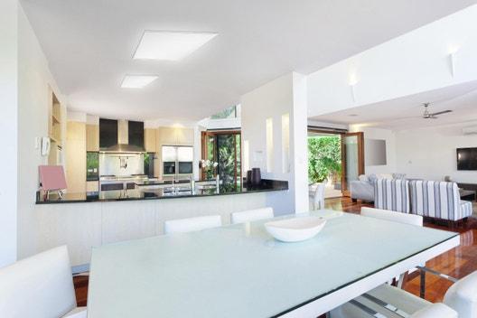 panneau led connect carr 30 x 30 cm 18 w blanc chaud froid et couleurs leroy merlin. Black Bedroom Furniture Sets. Home Design Ideas