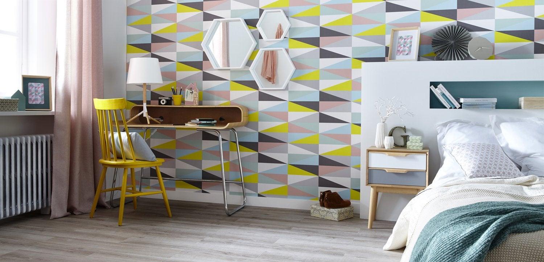 Un coin bureau dans la chambre au style scandinave | Leroy Merlin