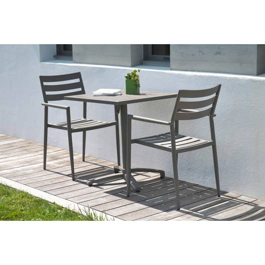 table de jardin gabin carr e taupe 2 personnes leroy merlin. Black Bedroom Furniture Sets. Home Design Ideas