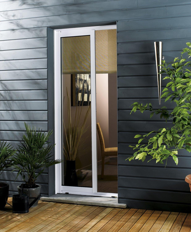une porte fen tre pour se rendre en terrasse leroy merlin. Black Bedroom Furniture Sets. Home Design Ideas