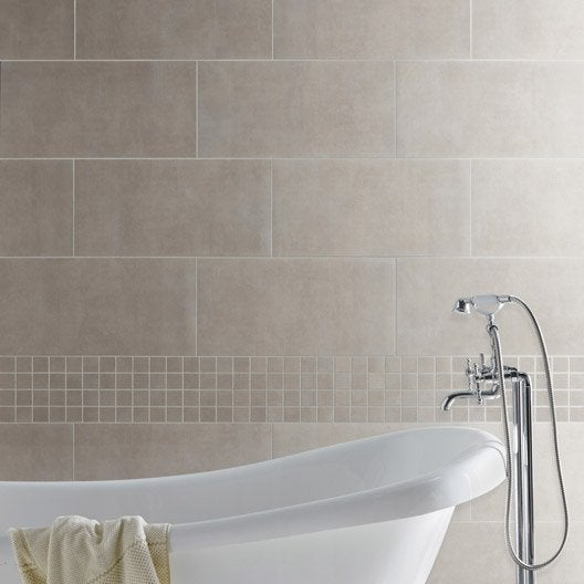 Carrelage sol et mur taupe gloss x cm leroy for Carrelage salle de bain taupe