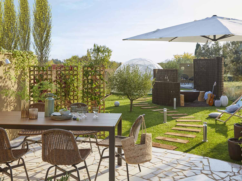 une terrasse comme new york leroy merlin. Black Bedroom Furniture Sets. Home Design Ideas