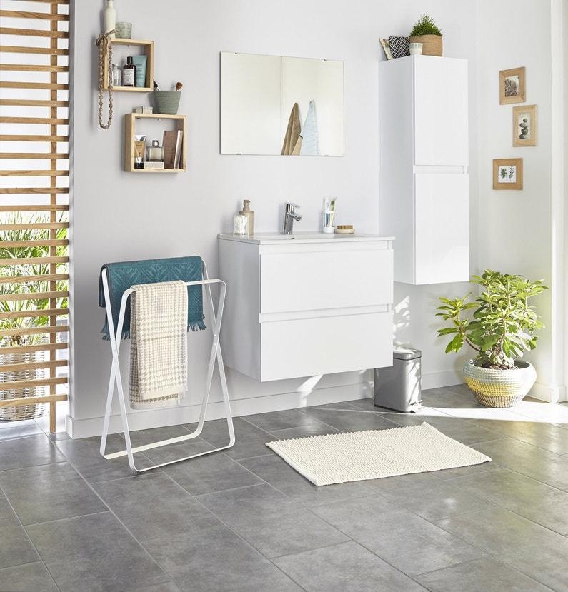 Une salle de bains contemporaine et lumineuse leroy merlin for Salle de bain lumineuse