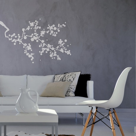 Un pochoir en forme de cerisier japonais