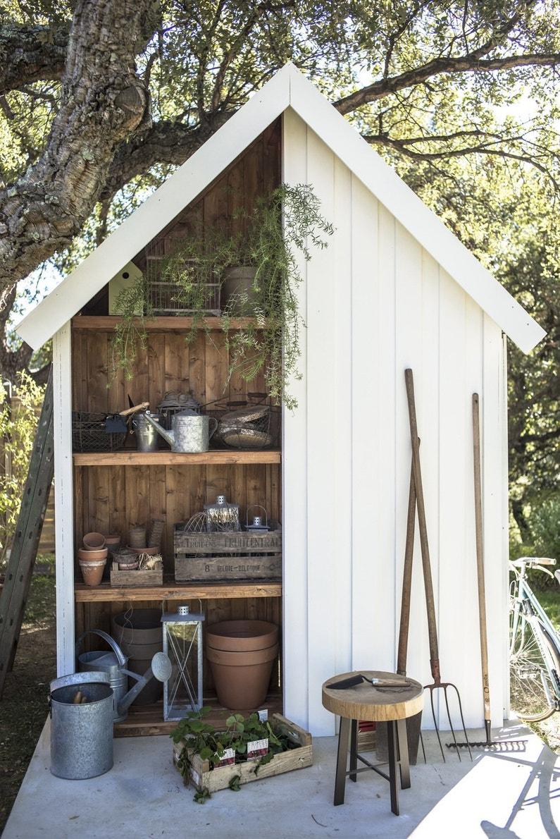 un abri de jardin qui se prolonge par un espace serre. Black Bedroom Furniture Sets. Home Design Ideas