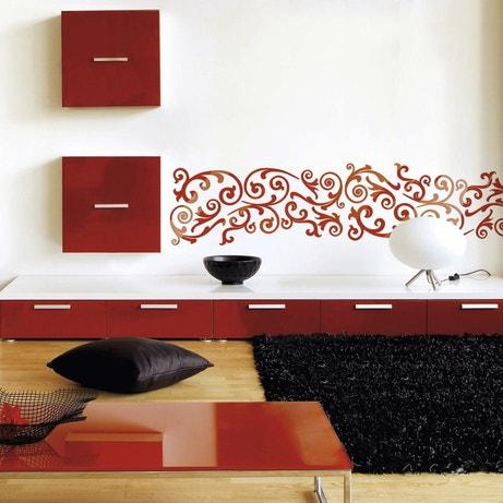 Décorer les murs du salon avec le pochoir frise arabesque