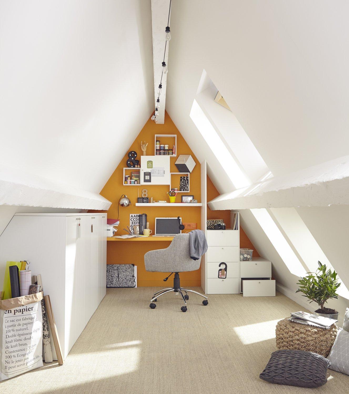 am nager et personnaliser un bureau sous les combles leroy merlin. Black Bedroom Furniture Sets. Home Design Ideas
