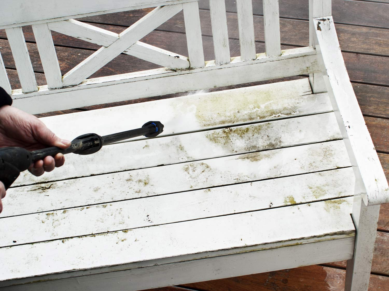 Comment entretenir le mobilier en bois leroy merlin - Campus leroy merlin ...