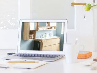 une salle de bains zen avec une baignoire douche baln o leroy merlin. Black Bedroom Furniture Sets. Home Design Ideas