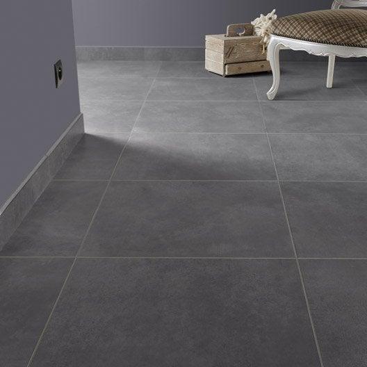 Carrelage sol et mur gris smoke effet b ton live x cm leroy merlin for Peinture renovation carrelage sol v