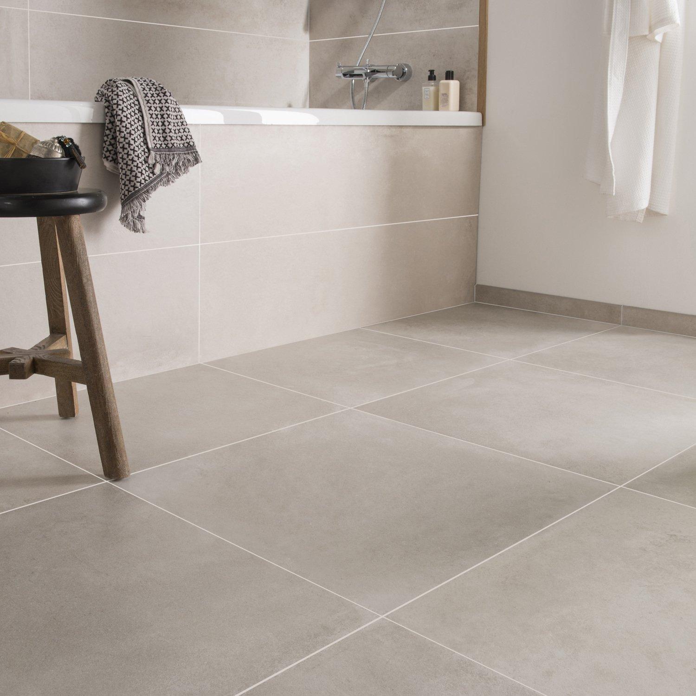 Des carreaux gris-beige dans la salle de bains | Leroy Merlin