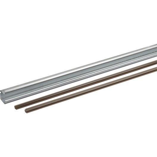 Rail acier et plastique pour portes coulissantes hettich for Rail porte coulissante meuble