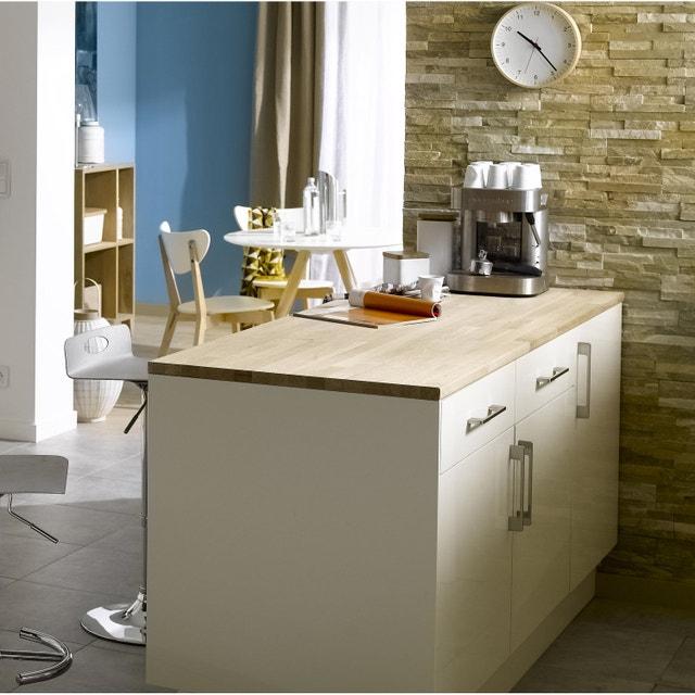 Une cuisine spacieuse et lumineuse leroy merlin - Plan de travail chene brut ...