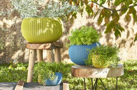 Des pots de fleurs effet tricoté