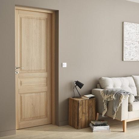 Une porte intérieure classique et tendance