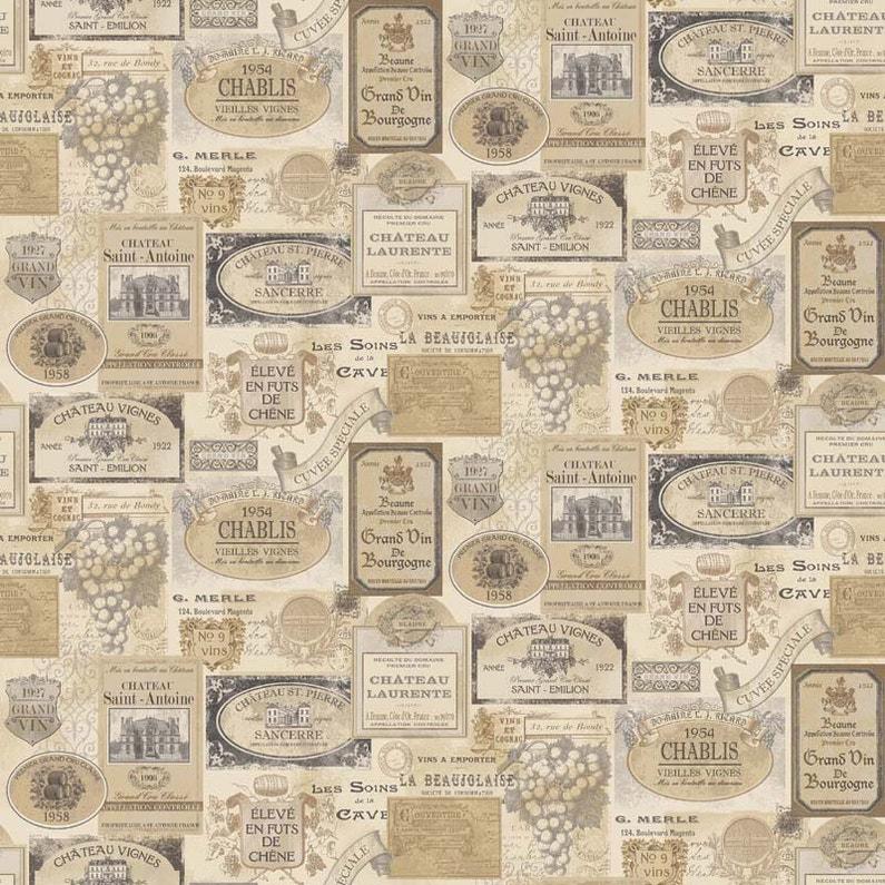 Papier peint vinyle Motifs Cuisine Etiquettes de vin beige | Leroy ...