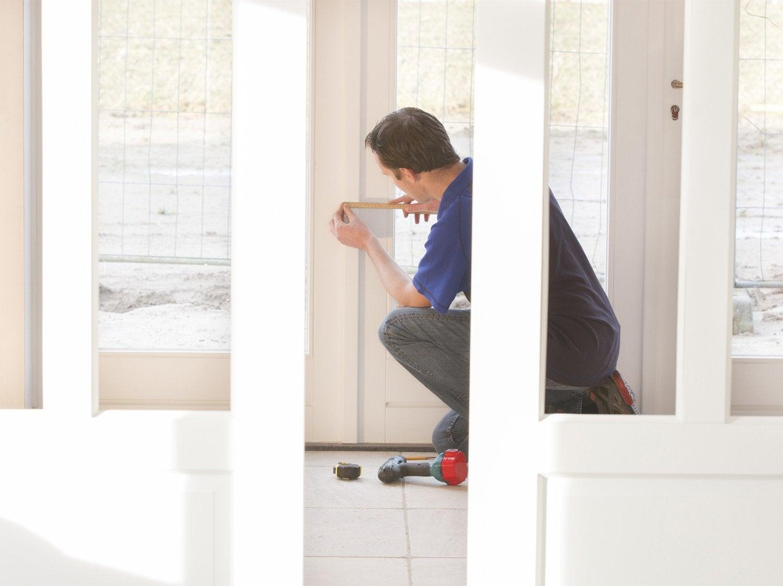 reboucher trou porte ca reprend un peu la chronologie des. Black Bedroom Furniture Sets. Home Design Ideas