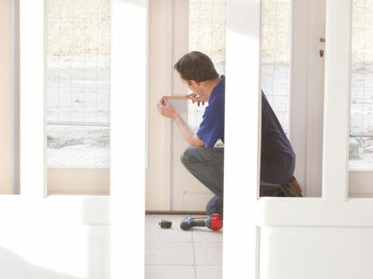 Quincaillerie de la porte leroy merlin - Comment reparer une poignee de porte ...