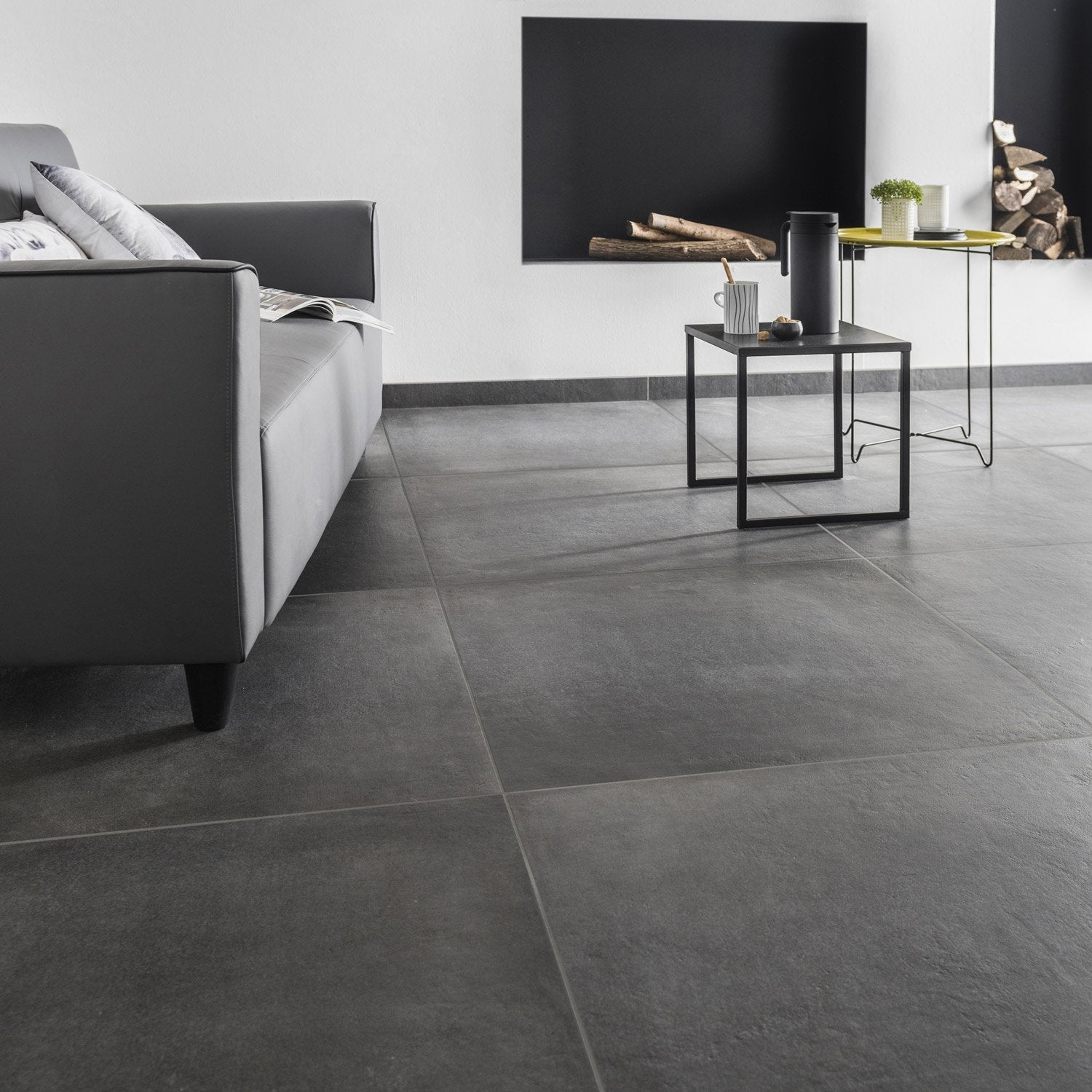 Carrelage sol et mur anthracite effet b ton time x l for Carrelage 60x60 gris anthracite