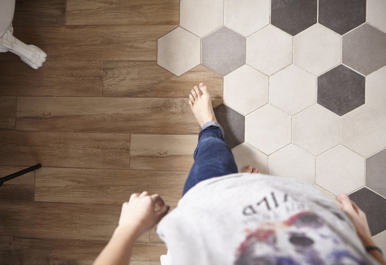 Mix Matiere Parquet Et Carrelage Hexagonal Leroy Merlin