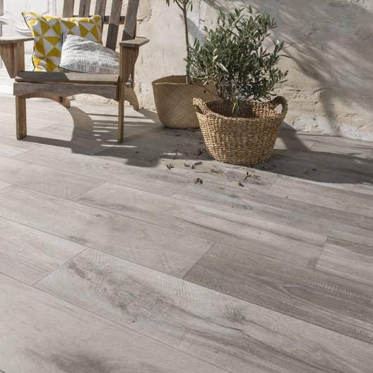 carrelage sol gris effet bois heritage x cm leroy merlin. Black Bedroom Furniture Sets. Home Design Ideas