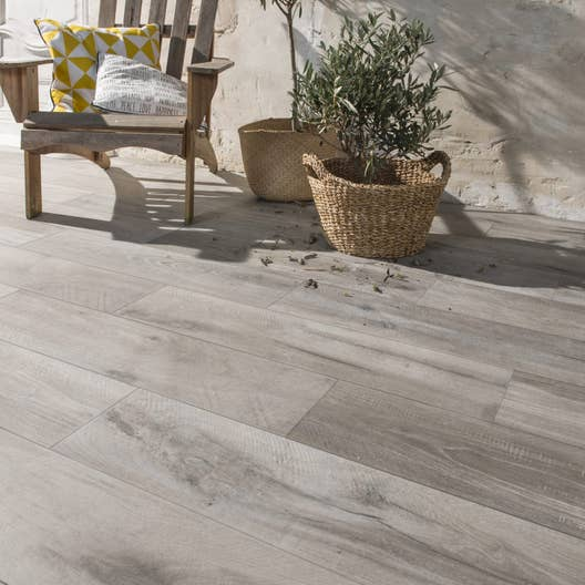 Carrelage sol gris effet bois heritage x cm for Carrelage imitation lame terrasse