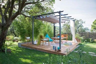 10 astuces pour faire de sa terrasse une pi ce vivre suppl mentaire leroy merlin. Black Bedroom Furniture Sets. Home Design Ideas