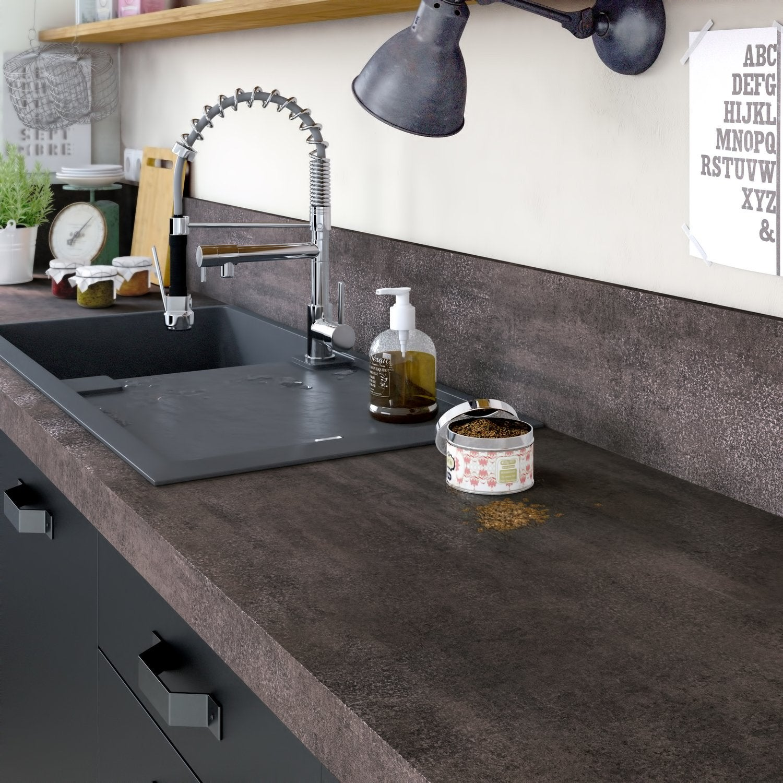 le chevron sous forme de cr dence leroy merlin. Black Bedroom Furniture Sets. Home Design Ideas