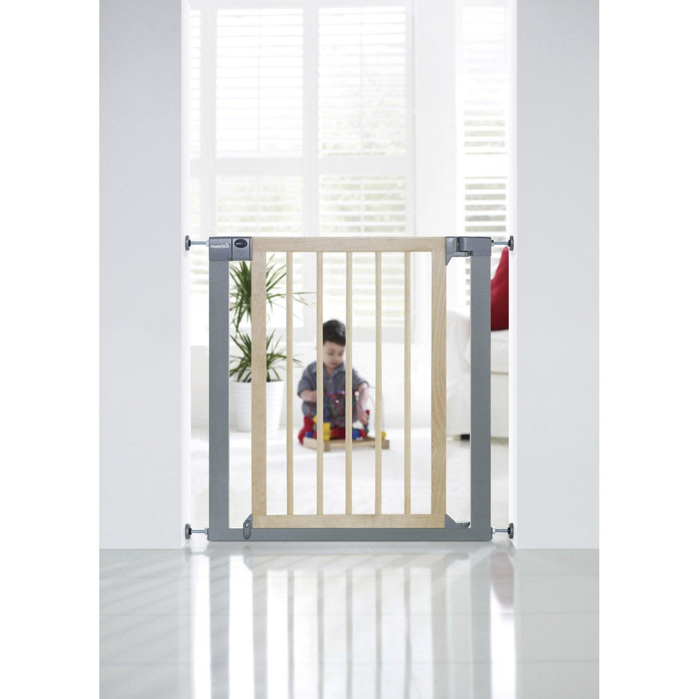 barri re de s curit enfant munchkin portillon semi auto bois m tal 82cm leroy merlin. Black Bedroom Furniture Sets. Home Design Ideas