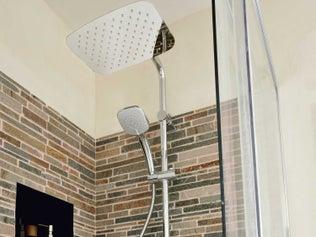 tout savoir sur la douche l 39 italienne leroy merlin. Black Bedroom Furniture Sets. Home Design Ideas