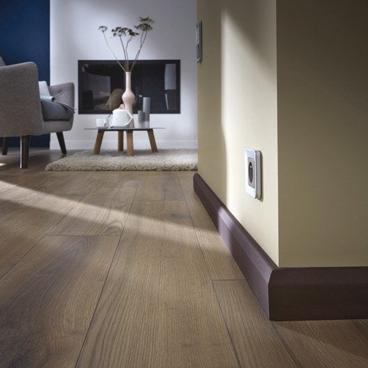 plinthe m dium mdf cache fil m lamin 20 x 70 mm l 2 2. Black Bedroom Furniture Sets. Home Design Ideas