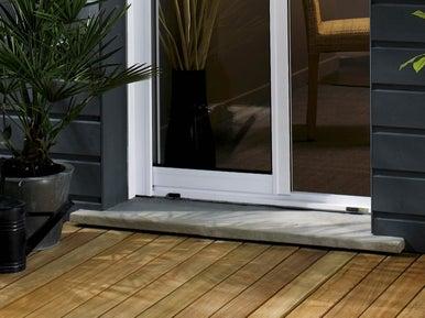comment installer un appui de fen tre ou un seuil de baie pr fabriqu leroy merlin. Black Bedroom Furniture Sets. Home Design Ideas