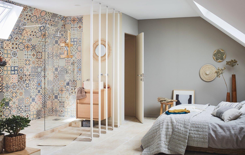 une douche l 39 italienne baign e de lumi re leroy merlin. Black Bedroom Furniture Sets. Home Design Ideas