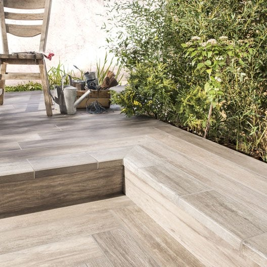 Carrelage sol marron effet bois way x cm leroy for Carrelage sol marron