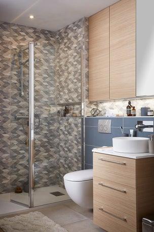 Tout savoir sur la douche l 39 italienne leroy merlin - Epilateur electrique sous la douche ...