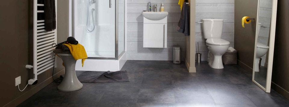 bien choisir son sol de salle de bains | leroy merlin - Parquet Flottant Pour Salle De Bain