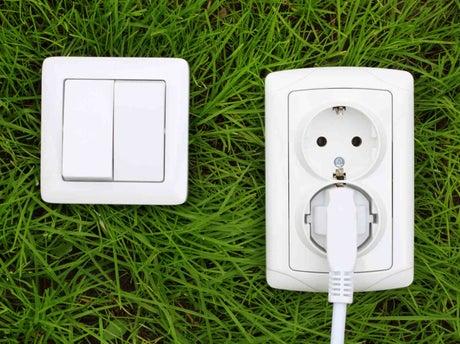tout savoir sur les prises et interrupteurs d'extérieur | leroy merlin - Installer Une Prise Electrique Exterieure