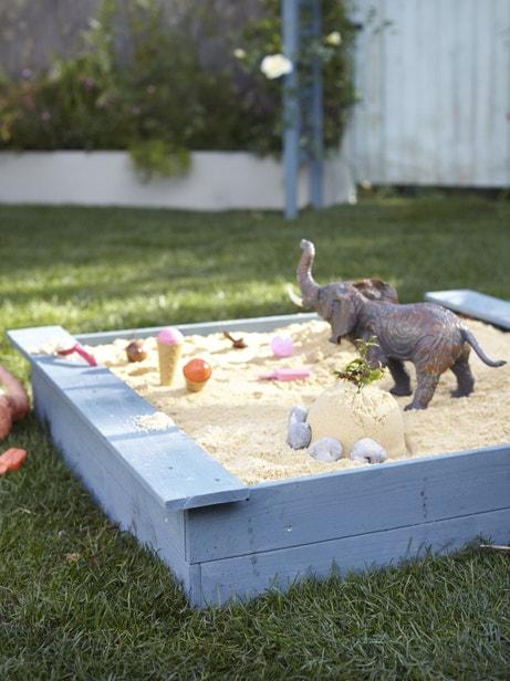Un bac à sable pour les enfants
