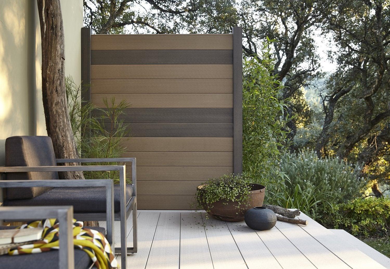 des lames en bois pour le jardin leroy merlin. Black Bedroom Furniture Sets. Home Design Ideas
