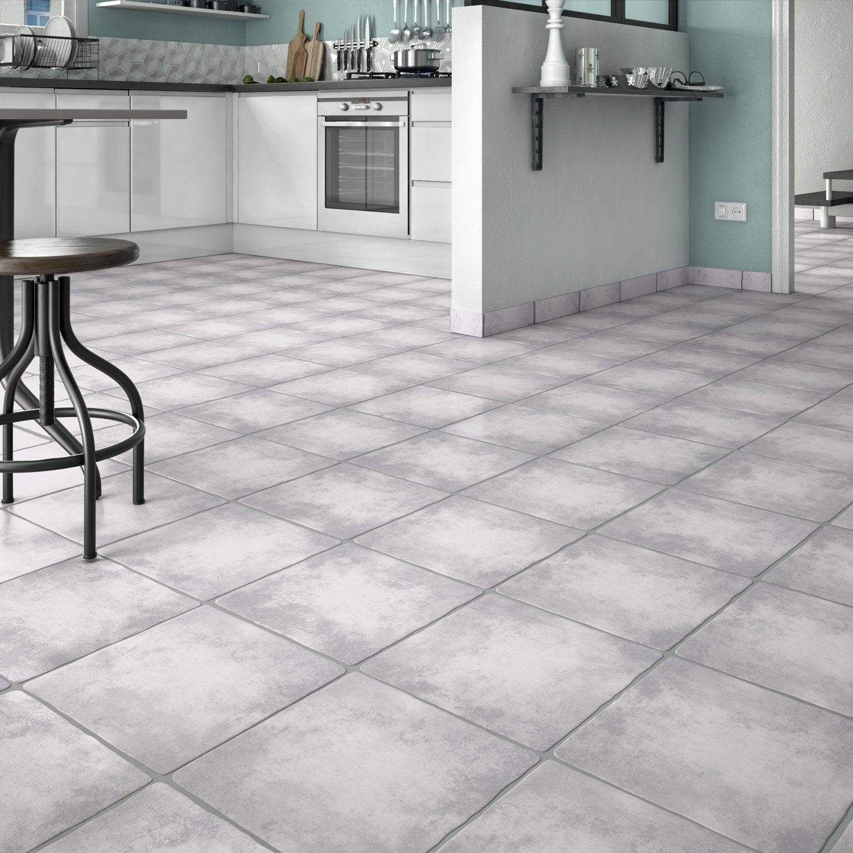 carrelage sol et mur gris clair effet pierre romanciere l. Black Bedroom Furniture Sets. Home Design Ideas
