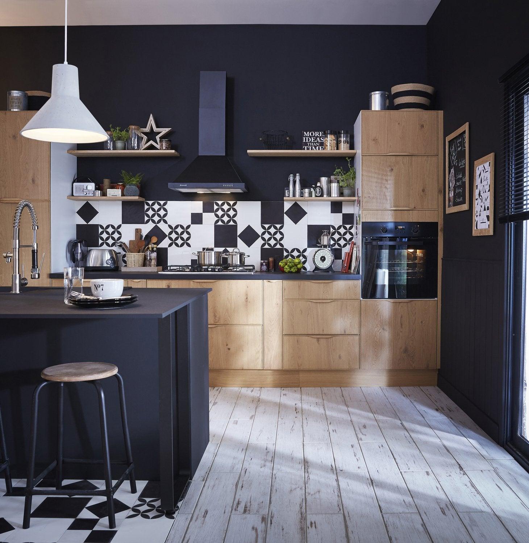 Une Cuisine Style Industriel En Bois Clair Et Noir